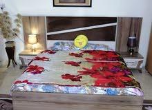 سلام عليكم عندي غرفه نوم تركيه للبيع ام ال 8 قطع نظيفه جداً السعر 650 وبيهه مجال