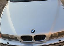 للبيع BMW 528i موديل 2000