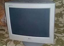 شاشة كمبيوتر crt 17 للبيع