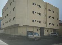 عمارة تجاريه شارعين داخل حد الحرم تعبد عن الحرم 8 كيلو