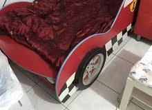 سرير أطفال تصميم سيارة
