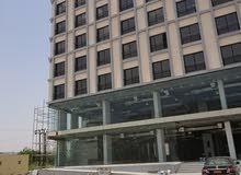 مبنى حديث للايجار ببوشر قريب من كلية عمان الطبية