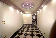 شقة ذهبية في مندرة (سيدي كمال)  المساحة : 140 م