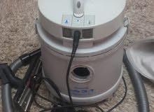 مكنسة rowenta لغسيل السجاد و الكنب و الانترية و ممكن استخدامها في الكنس العادي