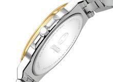 ساعة نسائية  باللون الفضي والذهبي