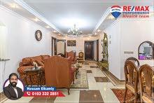 شقة مرخصة للبيع 250م ( لوران ) على الترام مباشر