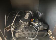 Xbox 360 E92 controllers,Kinect,Console)