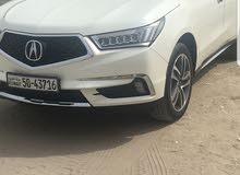سيارة اكيوراMDX  2017 لون ابيض  ماشيه 5 الاف كيلو متر السعر 10 الاف دينار ،