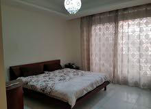 شقة للايجار في عبدون 1200دينار شهري فاخرة فيها مسبح وو