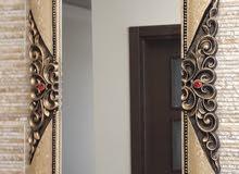 مرآيا بإطار رخامي سميك ذا نقوشات جميلة محفوره