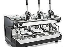 اصطى مكينة قهوة باحت عن العمل