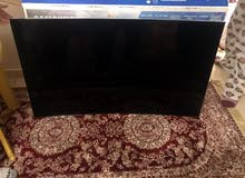 55 inch curve smart Samsung , Screen need to be replaced as it has internal break