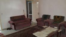 بيت 200م في شارع النصيرات الزوايده