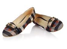 حذاء مسطح كاروهات