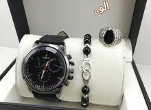 ساعة الرائعة متكونة من تلات موريات خدامين + عقيق الممتاز