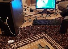 كمبيوتر مكتبي شبه جديد نوع DELL كامل بجميع ملحقاته للببع اعله سعر او تبديل تلفون