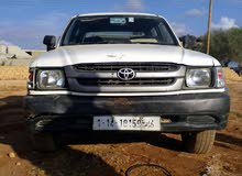 White Toyota Hilux 2002 for sale