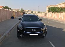 Infiniti QX70 Luxury 2017 GCC Specs Full Options with valid warranty and service contract