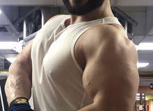 مدرب بناء أجسام وأخصائي تغذية