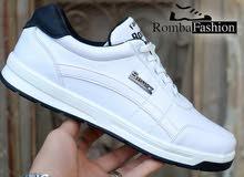 ( حذاء رياضي للرجال F60 )