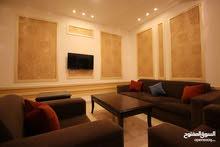 شقة مفروشة للايجار في عمان الاردن - شارع مكة .منطقة .حيوية وفاخرة