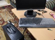 للبيع كمبيوتر مكتبي مع 2 برنتر