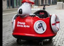 سيارة اطفال على شكل مركبة فضائية