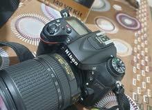 كاميرا نيكون 7100