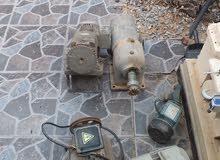 عندي عدد من البومبات كهرباء للبيع بضايع مخزنه مستعمل وجديد