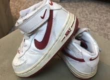 حذاء رياضي ماركة نايك