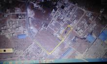 3 قطع ارضي 600 متر الوحدة في بوعطني شارع البيبسي