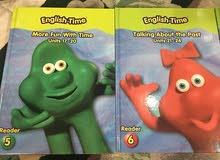 كتب. و cd مسلسلا كرتوني مفيد للأطفال