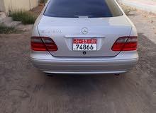 سيارة مرسيدس نظيفة لا تحتاج مصاريف ملكية سنة مديل 2001