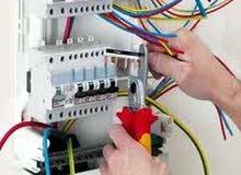 فني كهرباء منازل لجميع الأعمال الكهربائية
