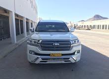 للبيع لاندكلوزر 8 سلندر gxr محول 2018 صيانة في بريسشن تون موتر وكالة بهوان عمان