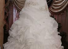 فستان زفاف للبيع المستعجل