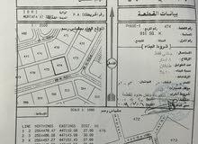 ارض كورنر للبيع في مرتفعات عبري مساحة 810 متر مربع