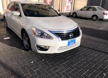 Nissan altima pear white 2014 USA