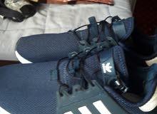 حذاء للبيع في مناشو