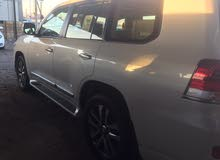 Automatic Toyota 2017 for sale - New - Basra city