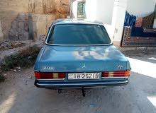 Mercedes Benz E 200 1982 For sale - Blue color