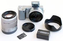 sony nex5 camera with two lenses