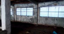 مزرعة على نصف فدان فى جميعة 15مايو مبانى 2000متر وتزيد وكانت مواشى وبها بيت قريب