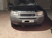 2001 Land Rover in Tripoli