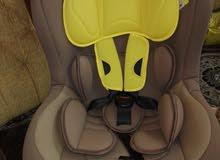 مقعد سيارة للاطفال للبيع