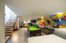 رسم جرافيتي على الغرف وصالات الالعاب