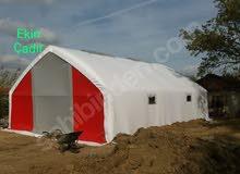 خيمة حيوانات مقصية بمساحة 7 × 14: 98 م 2 مع حافة ونوافذ ذكية.