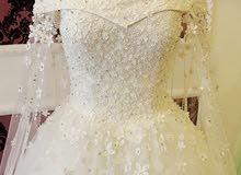 فستان زفاف مستعمل