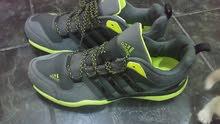 حذاء اديدس