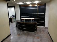 مكتب للإيجار